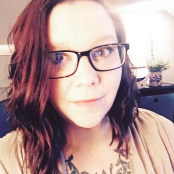 Aimee author pic 360x360