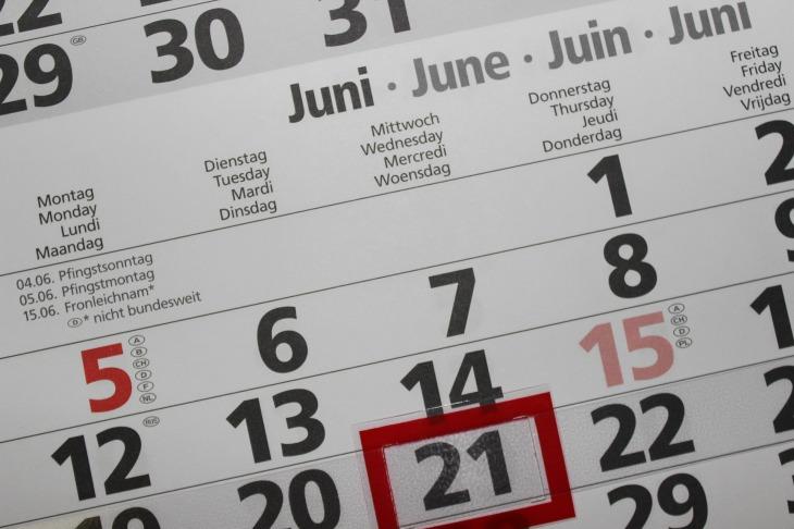 calendar-2428560_1920