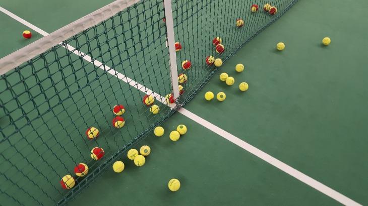tennis-1732279_1920