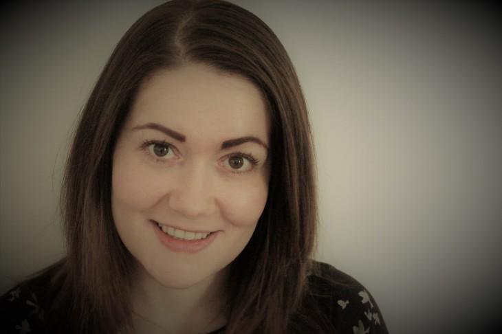 Jodie headshot.jpg