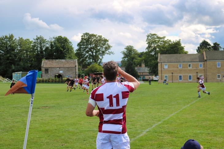 rugby-3593495_1920.jpg